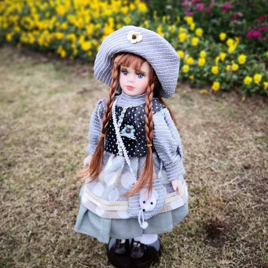 Фарфоровая кукла Валентина