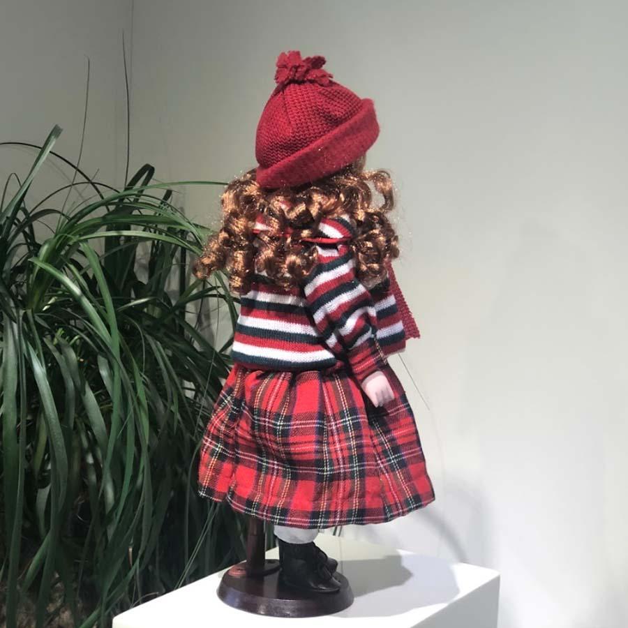 Фарфоровая кукла Мария