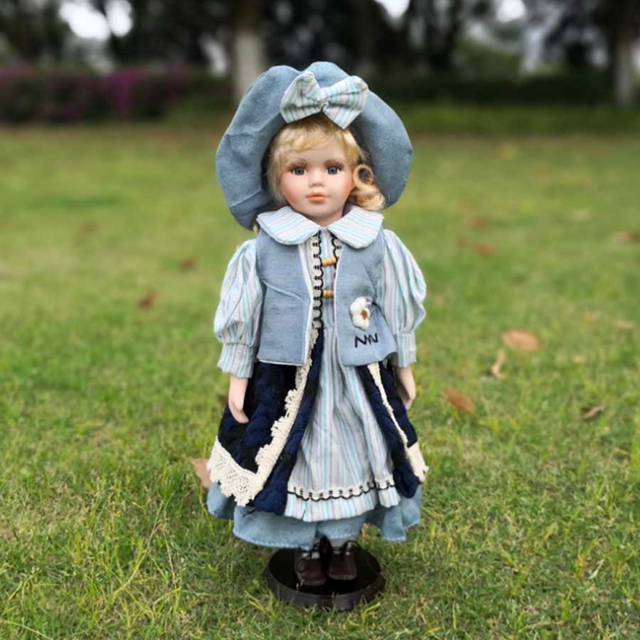 Фарфоровая кукла Изабелла